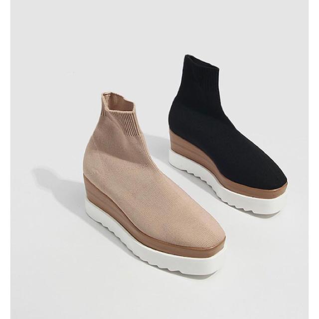 ZARA(ザラ)のソックスブーツ レディースの靴/シューズ(ブーツ)の商品写真