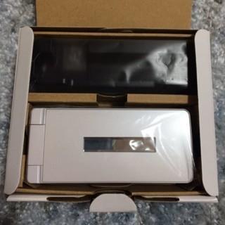 SHARP - 【新品未使用】AQUOSケータイ3 805SH ホワイト SIMフリー②