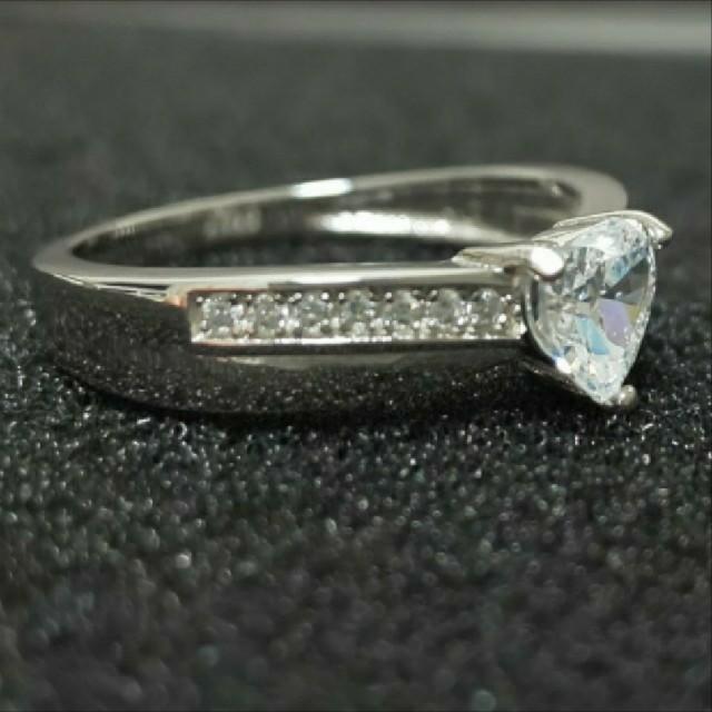 SWAROVSKI(スワロフスキー)のf37❇️ジョリージョーカー❇️純銀製ダイヤモンドキュービックジルコニア リング レディースのアクセサリー(リング(指輪))の商品写真