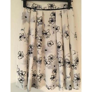 LAISSE PASSE - 本日のみの限定セール⭐ 新品⭐雑誌掲載 レッセパッセ  花柄スカート