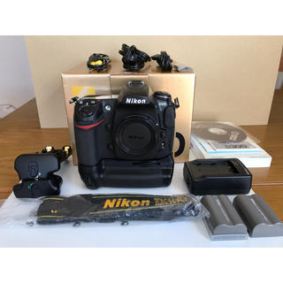 Nikon - Nikon D300 + MB-D10(純正品) セット 中古美品
