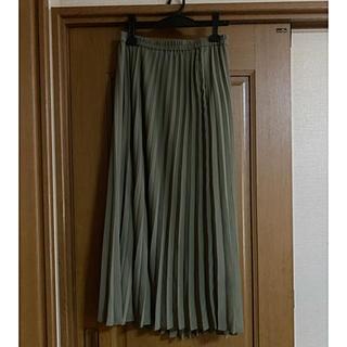UNIQLO - プリーツロングスカート