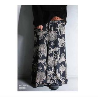 antiqua - 美品 人気完売品 アンティカ 花柄ワイドパンツ