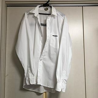 バレンシアガ(Balenciaga)のvetements ヴェトモン ロゴ オーバーサイズ シャツ sサイズ(シャツ)