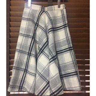 Mila Owen - ミラオーウェン  ウールスカート 冬 白 グレー チェックスカート