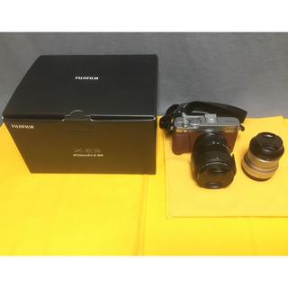 富士フイルム - FUJIFILM X-E3 単焦点レンズキット [ブラウン]+ 標準レンズ。