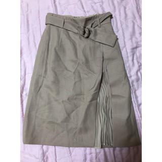ジャスグリッティー(JUSGLITTY)の新品未使用タグ付き! JUSGLITTY ベルト付きスカート(ひざ丈スカート)