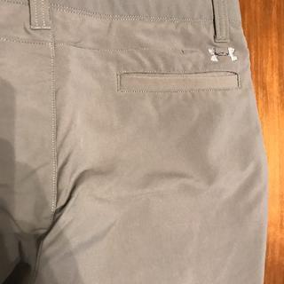 アンダーアーマー(UNDER ARMOUR)のアンダーアーマー ゴルフ  メンズ 4シーズン・通期パンツです。 色:グレー(ウエア)