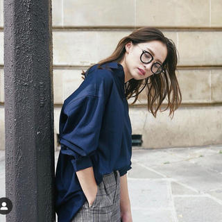 rienda - leory バックデザインルーズシャツトップ