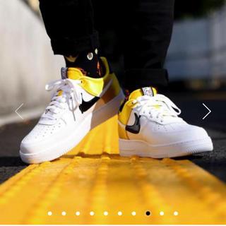 ナイキ(NIKE)のエアフォース1 07 LV8 NBA yellow(スニーカー)