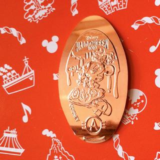 ミニーマウス(ミニーマウス)のアンバサダーホテル限定 ハロウィン 2019 ミニーマウス スーベニアメダル(キャラクターグッズ)