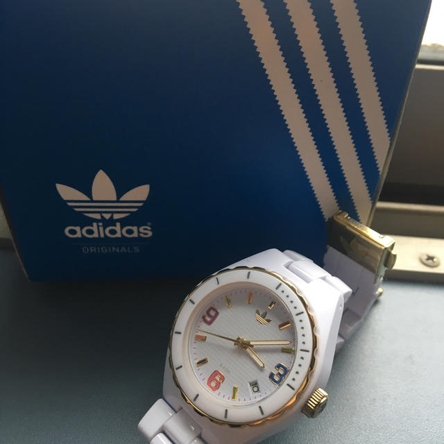 adidas(アディダス)のadidas レディース腕時計 レディースのファッション小物(腕時計)の商品写真