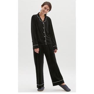 GU ベロア素材パジャマ Sサイズ 黒色