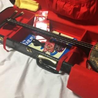 琉球楽器またよし製ゆし木棹イヌマキ胴人工皮三線