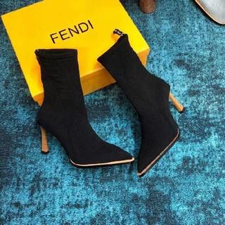 フェンディ(FENDI)の★FENDIフェンディ    ブーツ  (ブーツ)