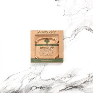 ロンハーマン(Ron Herman)のMantraBand マントラバンド バングル ゴールド メッセージ(ブレスレット/バングル)