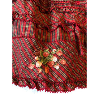 PINK HOUSE - ピンクハウス いちご刺繍が付いたクリスマスっぽい赤系チェックのロングスカート