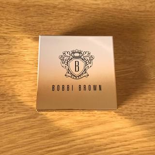 ボビイブラウン(BOBBI BROWN)の【限定品】ボビイ ブラウン ミニ ハイライティング パウダー 01 ピンクグロウ(フェイスパウダー)