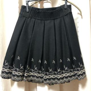 L'EST ROSE - レストローズ 刺繍スカート