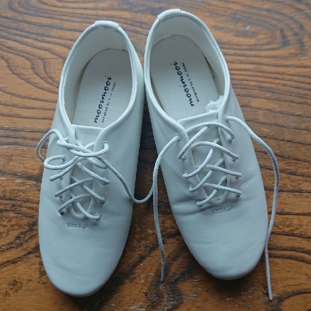 【11/17値下げしました】レースアップシューズ白~21㎝ mooi mooi レディースの靴/シューズ(ローファー/革靴)の商品写真