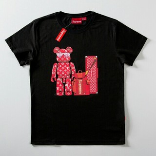 LOUIS VUITTON - ☆お値下げ☆supreme Tシャツ 半袖  男女兼用