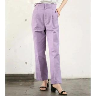 ローリーズファーム(LOWRYS FARM)のLOWRYSFARM 紫 パンツ(カジュアルパンツ)
