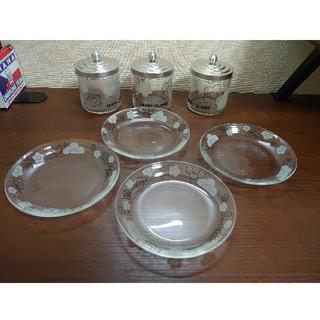 マリークワント(MARY QUANT)のマリークワント  ガラスのお皿とガラスの物入れ(フタ付き)7点セット (食器)