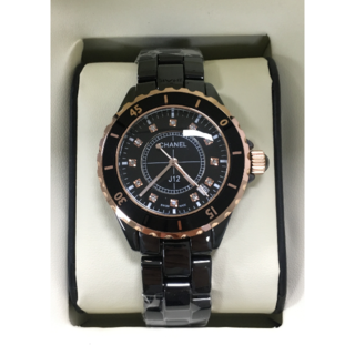 CHANEL - レディース メンズ 黒金 白金 セラミック 腕時計