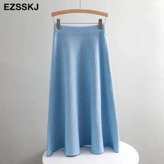 ザラ(ZARA)のニットフレアスカート 膝丈 ノーブランド ワンサイズ アイスブルー(ひざ丈スカート)