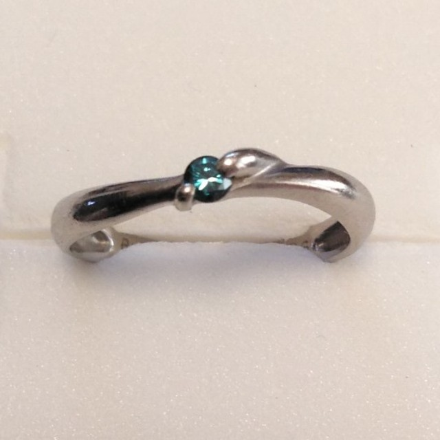 お値下げ PT ダイヤモンドリング  レディースのアクセサリー(リング(指輪))の商品写真