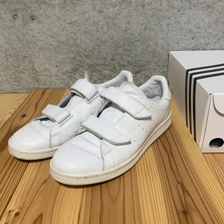 HYKE - 美品 HYKE adidas スタンスミス 27.5 白