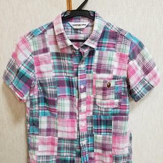 アベイシングエイプ(A BATHING APE)のレディースシャツ半袖(シャツ/ブラウス(半袖/袖なし))