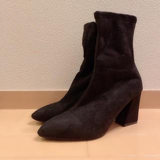 美品 ショートブーツ ブラック(ブーツ)