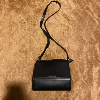 Charles and Keith - CHARLES&KEITH ショルダーバッグ