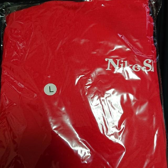 NIKE(ナイキ)のgirls don't cry SB フーディー メンズのトップス(パーカー)の商品写真
