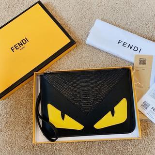 フェンディ(FENDI)のFENDI  クラッチバッグ(セカンドバッグ/クラッチバッグ)
