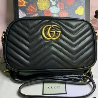 Gucci - グッチ ブラック ショルダーバッグ