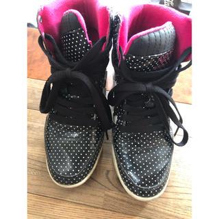 アディダス(adidas)のスニーカー  インヒール adidas アディダス neo ピンク 黒 ドット(スニーカー)