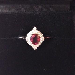 Pt900 レッドスピネルとダイヤモンドのリング(リング(指輪))
