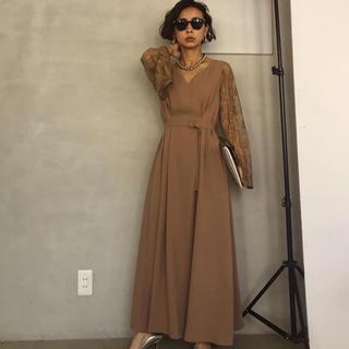 Ameri VINTAGE - AMERI LACE SLEEVE REFINED DRESS