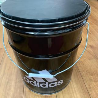 adidas - アディダス缶