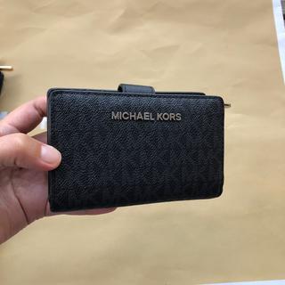 マイケルコース(Michael Kors)のマイケルコース二つ折り財布 ブラックMK(財布)