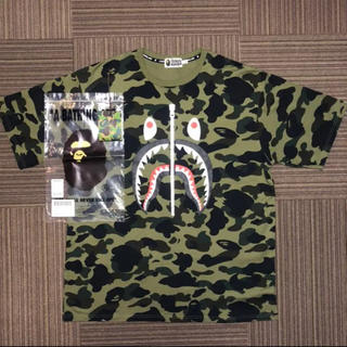 A BATHING APE - A BATHING APE  1ST CAMO SHARK TEE M