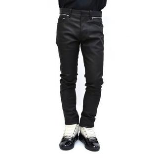 バレンシアガ(Balenciaga)の新品 BALENCIAGA コーティング ブラック デニムパンツ 316-010(デニム/ジーンズ)