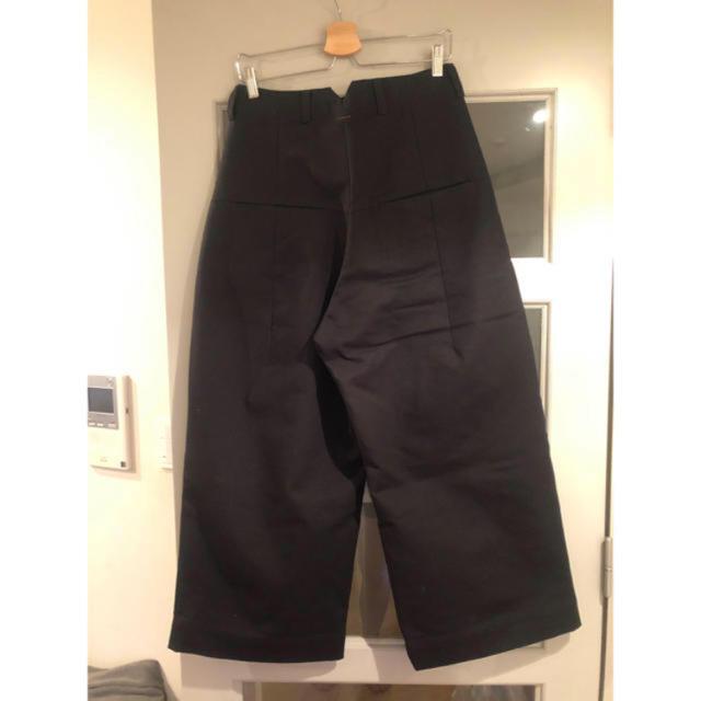 COMOLI(コモリ)のshinya kozuka バギーパンツ メンズのパンツ(スラックス)の商品写真