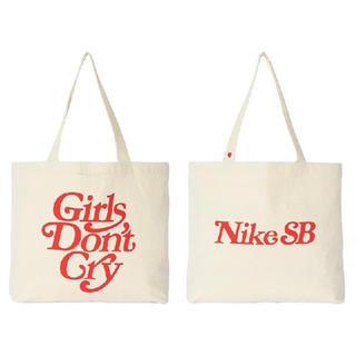 GDC - Nike SB × Girls Don't Cry 限定トート