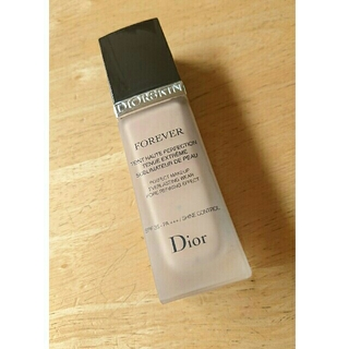 ディオール(Dior)のDior ファンデーション010(ファンデーション)