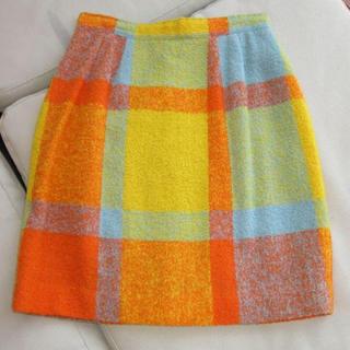 エンリココベリ(ENRICO COVERI)のオレンジ系スカート(ミニスカート)