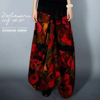アンティカ シック花柄×立体ストライプ変形スカート
