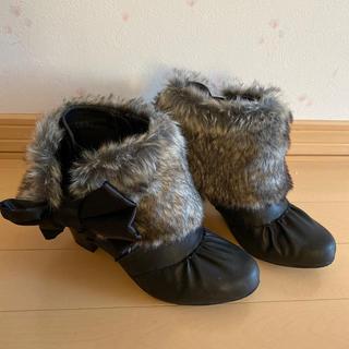アクシーズファム(axes femme)のファー付きショートブーツ(ブーツ)